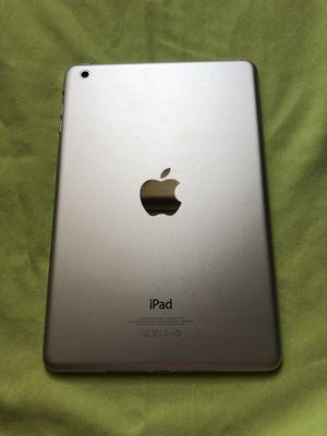 iPad mini Silver 16gb for Sale in Fairfax, VA