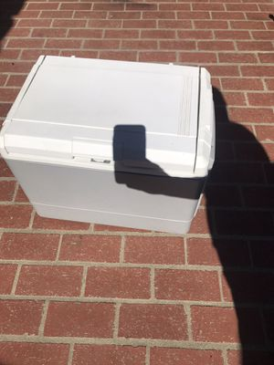 Coleman electric cooler new never been used for Sale in Los Angeles, CA