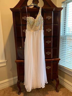 Dress for Sale in Pittsburgh, PA