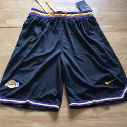 Brand new Nike LA Lakers basketball shorts black loose fit men's size small S for Sale in El Cajon, CA