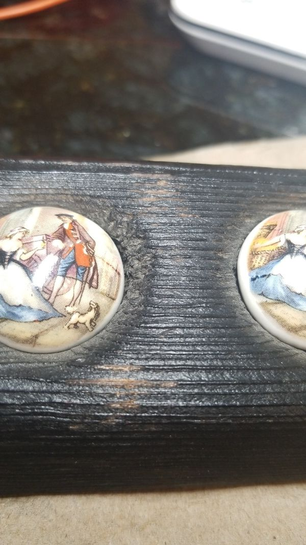 ANTIQUE HAND PAINTED CUFF LINKS FOR YOUR LOVED ONES