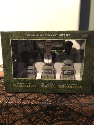 Universal Monsters Legacy dvd gift set. New. Rare!! for Sale in Chandler, AZ