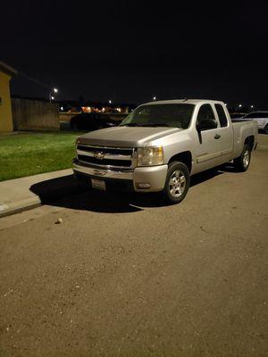 2007 Chevy Silverado for Sale in Dinuba, CA