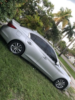 Q50 part out for Sale in Miami, FL