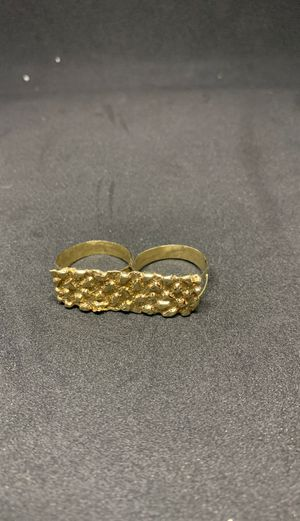 Two finger 10 carat nugget ring size 12 and 11 for Sale in Charlotte, NC