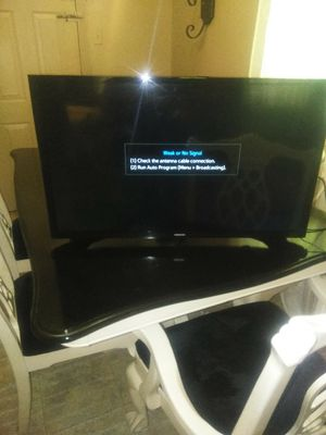 Smart tv Samsung 32 inches for Sale in Dallas, TX