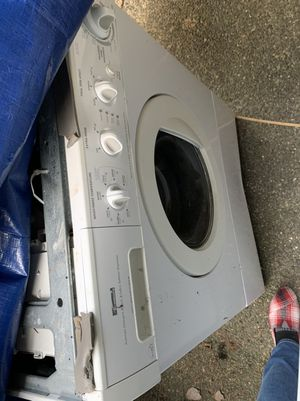 Kenmore stackable Washer & Dryer for Sale in Federal Way, WA