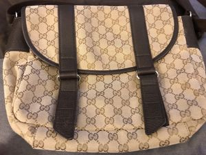Gucci Authentic Monogram Canvas Messenger Bag for Sale in Castro Valley, CA