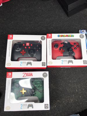 Nintendo switch wireless controllers for Sale in Marysville, WA