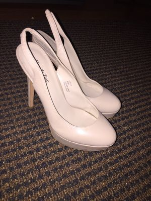 Nude Pumps Size 6 for Sale in North Bethesda, MD