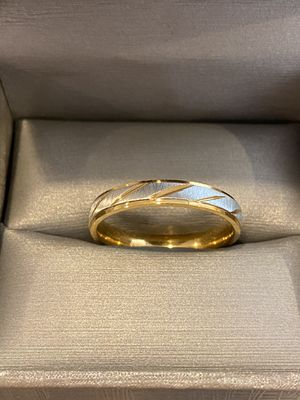 18K Gold plated Ring- Unisex- Code JAQ4 for Sale in Sacramento, CA