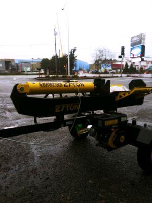 Champion log splitter 27 ton for Sale in Tacoma, WA