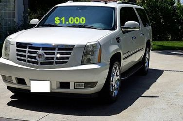 💚$1OO0 🔑I'm the first owner🍁and i want to sell my 2OO8 Cadillac Escalade🔑 for Sale in Houston,  TX
