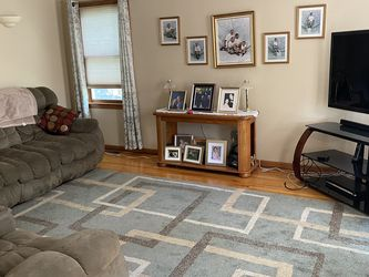 Reclining Loveseat And Couch With Side Table for Sale in Lawrence,  MA