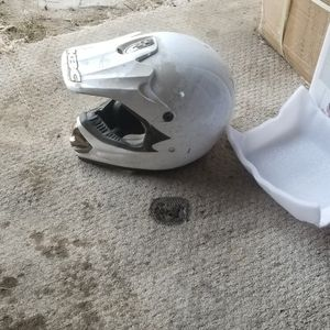 XL Helmet for Sale in Laton, CA