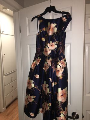 Prom/Homecoming/Wedding Guest/Special occasion dress (size 6) for Sale in Portland, OR