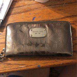 Michael Kors Wallet for Sale in San Angelo, TX