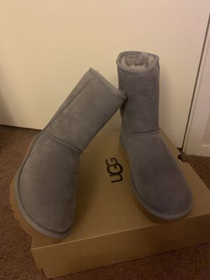 100% Authentic Brand New in Box UGG Classic Short Boots / Women size 5, 6, 7, 8 / Color: Soft Amthyst for Sale in Pleasant Hill, CA