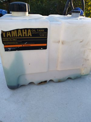 Yamaha outboard motor oil tank for Sale in Riverdale, MD