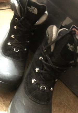 NORTH FACE Snow boots for Sale in Oxon Hill, MD