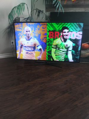 """Samsung UN55ES6500 55"""" inches 1080P, EDGE LIT LED BACKLIT LCD HDTV SMART TV 3D REMOTE CONTROL INCLUDED. for Sale in Irving, TX"""
