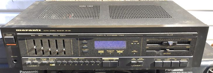 Marantz SR-360 digital home stereo receiver with remote control. for Sale in Los Angeles,  CA