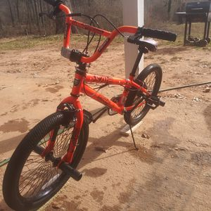 Orange Bicycle Kend Fs20 for Sale in Flowery Branch, GA