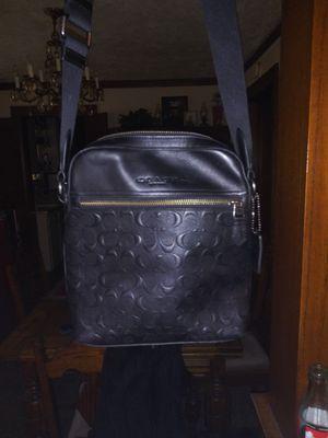 Mens black shoulder bag like new used once for Sale in Sugar Creek, MO