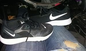 2 Brand new pairs of never worn nikes size 6.5 women/girls for Sale in Bonney Lake, WA