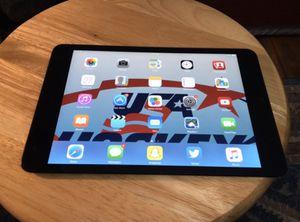 Original iPad Mini black 16 GB, fully functional for Sale in Saint Paul, MN