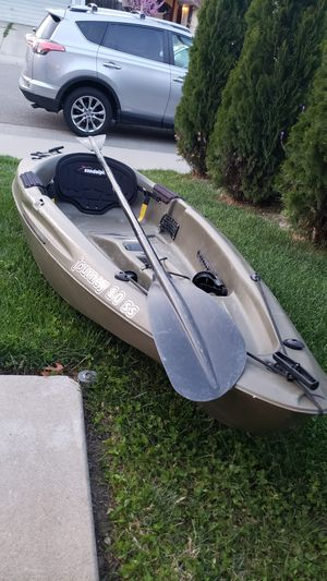 Journey 10ss kayak for Sale in Elverta, CA
