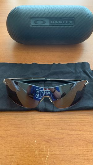 Oakley sunglasses $85, delivery or pickup only no shipping for Sale in Chalfont, PA