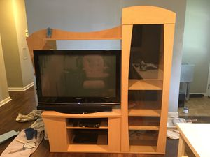 Entertainment center for Sale in Mayfield Heights, OH