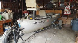 14' fishing boat and trailer troll motor and battery for Sale in Cleveland, OH