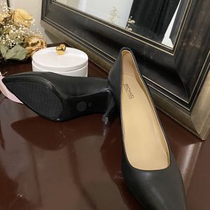 Michael Kors Shoes for Sale in Miami, FL