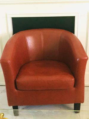 Beautiful red chair for Sale in Phoenix, AZ