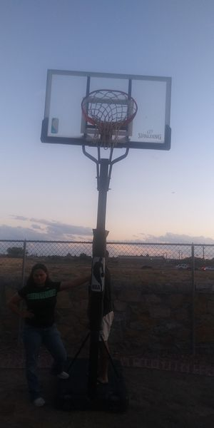 Basketball hoop for Sale in El Paso, TX