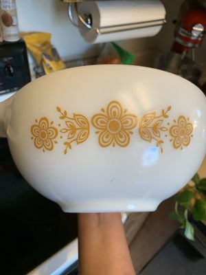 1975 Pyrex Gold Butterfly Bowl for Sale in San Jose, CA