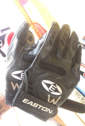 Softball gloves for Sale in San Bernardino, CA