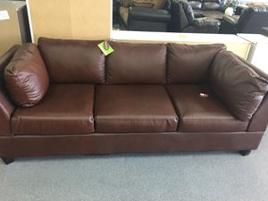 Brown Sofa for Sale in Columbus, OH