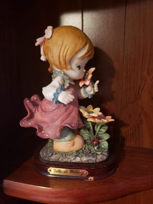 Porcelain dolls for Sale in Kissimmee, FL