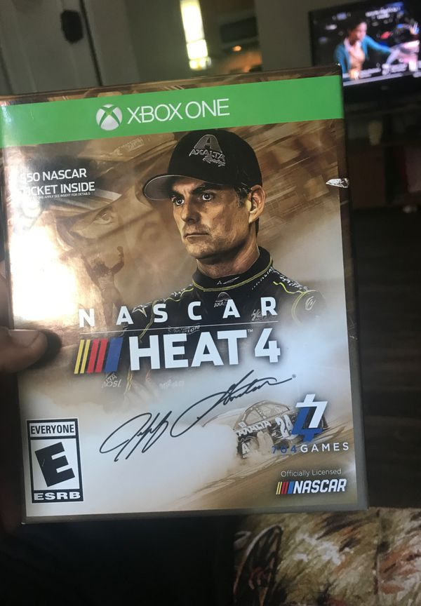 NASCAR heat 4 comes with 50$ golden ticket