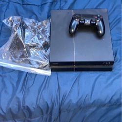 PS4 Slim, Controller, All Cables, Charging Stand for Sale in Salt Lake City,  UT