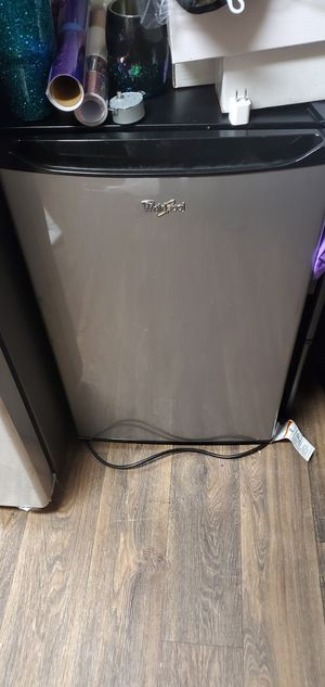 Mini fridge for Sale in Murrieta, CA