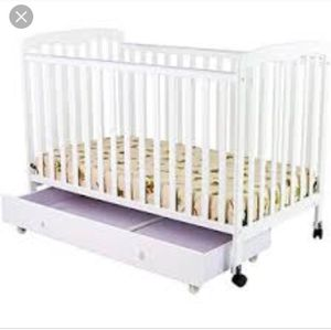 2 In 1 Dream On Me Crib With Drawer (Color Tan) for Sale in Fort Washington, MD