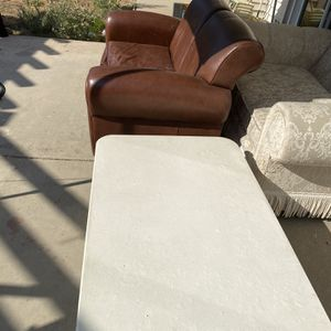 Free Furniture for Sale in North Highlands, CA