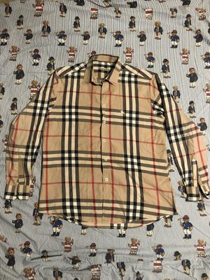 Burberry long sleeve button up for Sale in Irving, TX