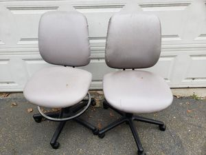Computer chairs for Sale in San Bernardino, CA