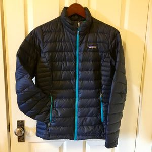 Women's Patagonia Down Puffy Sweater Jacket for Sale in Portland, OR