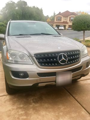 BEIGE 2006 MERCEDES-BENZ ML350 PARTING OUT! FOR PARTS ONLY!! for Sale in Rancho Cordova, CA